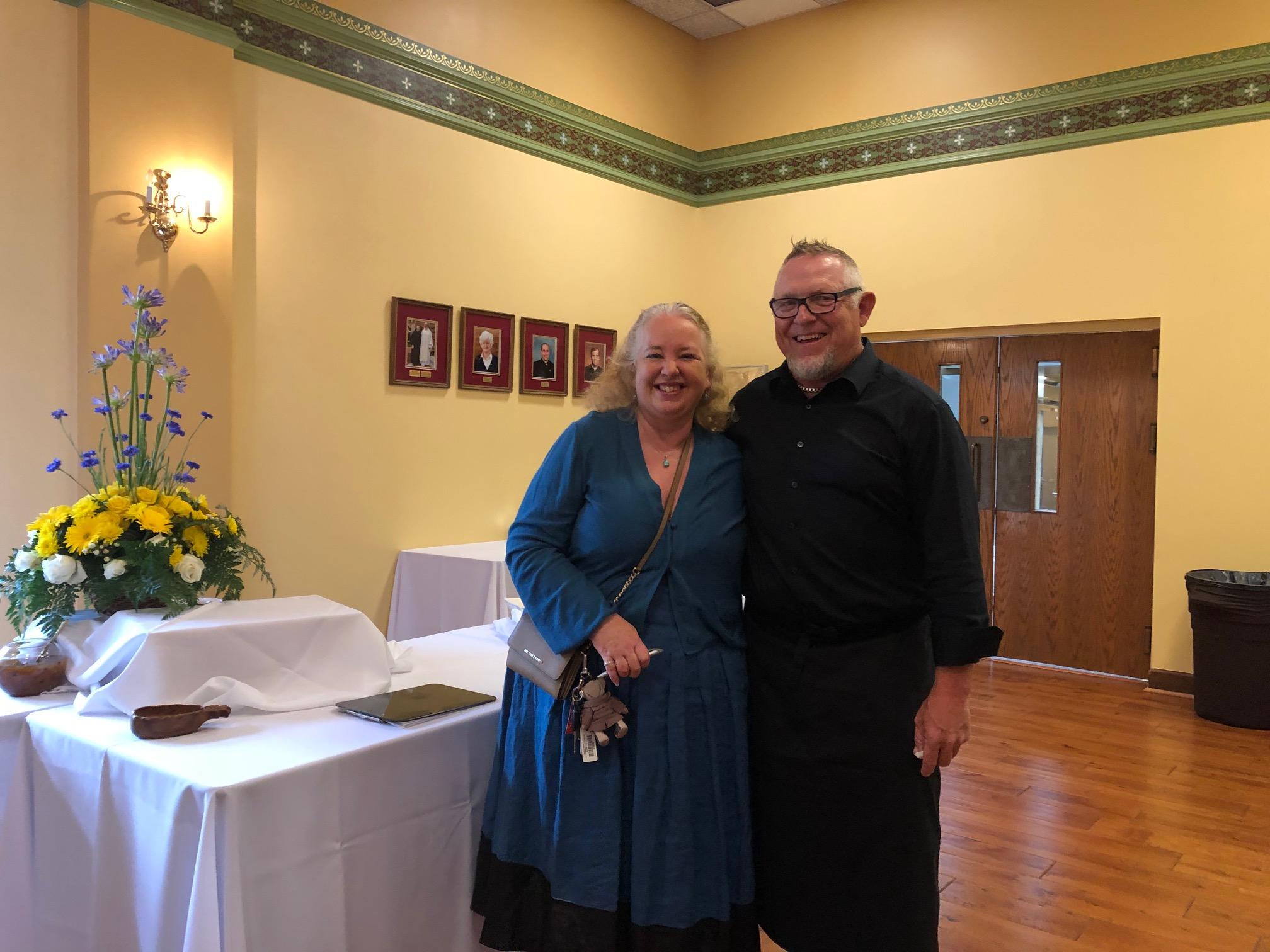 Auction chair Juliet Weenink-Griffiths & Chorus President Bill Doepkens