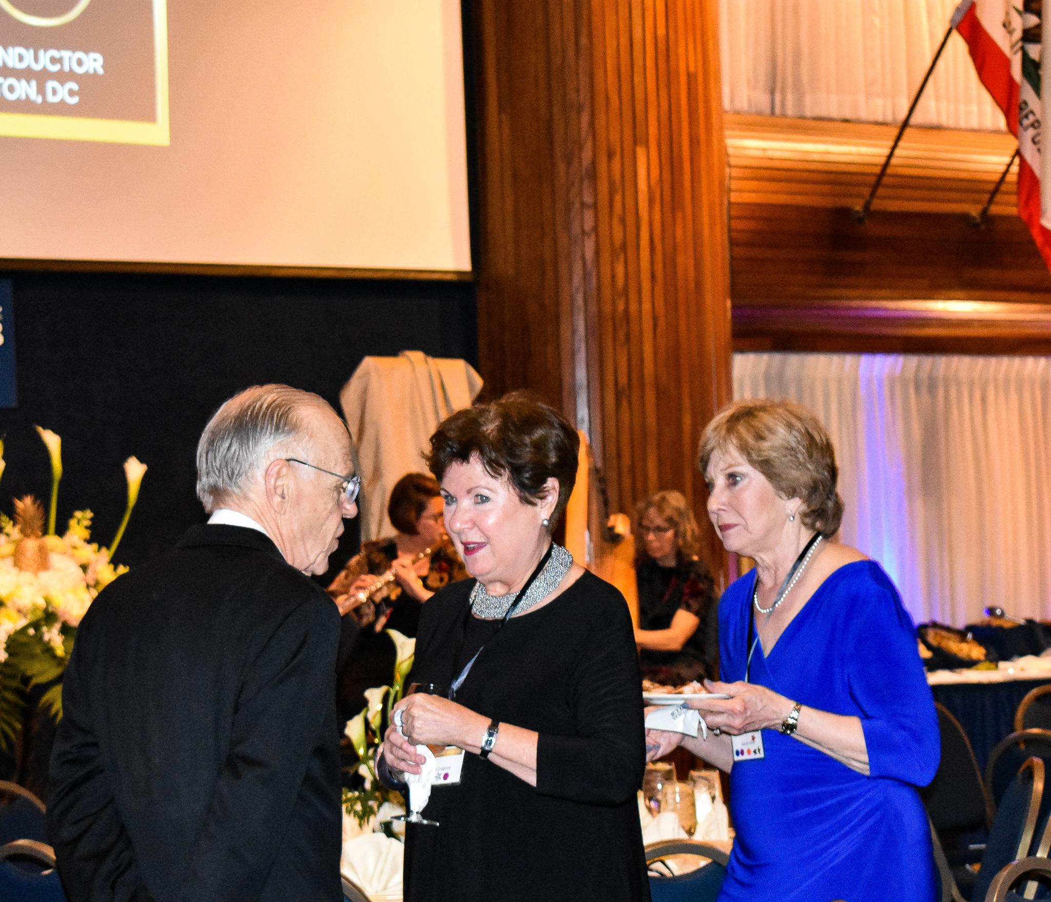 Bob Shafer, Joan Gregoryk & Glenda Finley