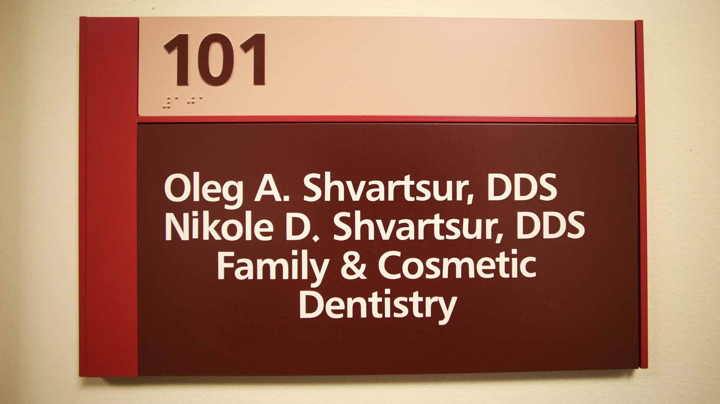 425 Dental Office Tour Web_0003_4-1701-DrOBldg.jpg