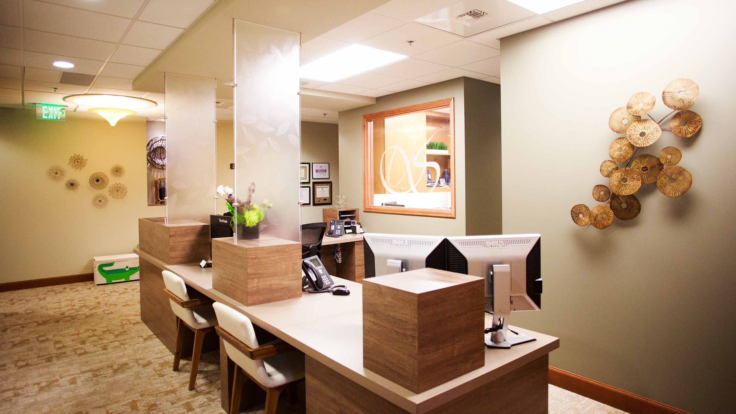 425 Dental Office Tour Web_0022_23-1643-DrOBldg.jpg