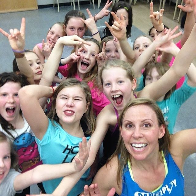 Happy 🇨🇦🇨🇦 day everyone!! ———————————————————— Be positive 👍🏽. Be fun 🤣. Be yourself 🦸♀️. ———————————————————— To learn more about our #DANCEPL3Y programs check out the link in our bio 👇🏻. —————————————— #physicalliteracy #bepositive #befun #beyourself #pl3yeducation #bubbleofawesome #mentalhealth #youareawesome #physed #curriculum #standardsbased #dancepl3y #danceinschools #dance #dancing #YEG #Edmonton #RedDeer #Alberta #AB #schools #CanadaDay #canada #2019