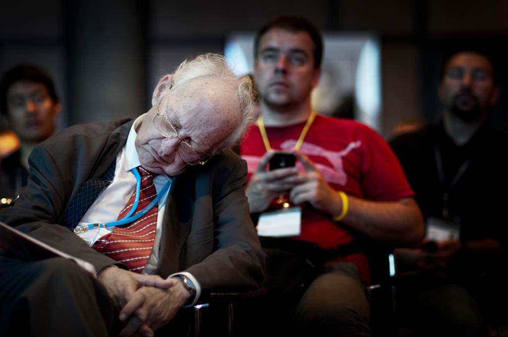 Nobel Memorial Prize in Economic Sciences winner of 1994, Reinhard Selten, takes a nap during a talk by fellow prize winner William F. Sharpe, 1990 prize winner, during the Lindau Nobel Laureate Meeting in 2012. Photo: Kristine Nyborg