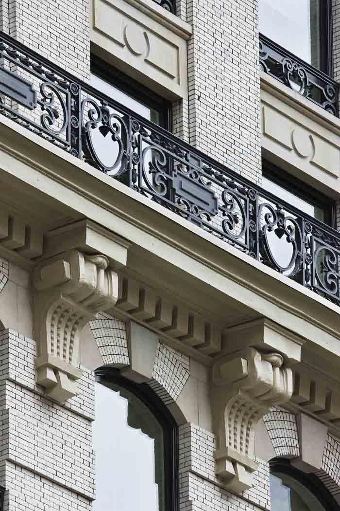 Knox Building_Photo_Railing Detail.jpg
