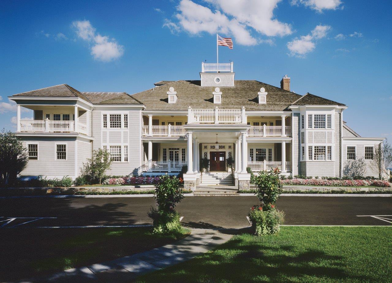 Belle Haven Club exterior