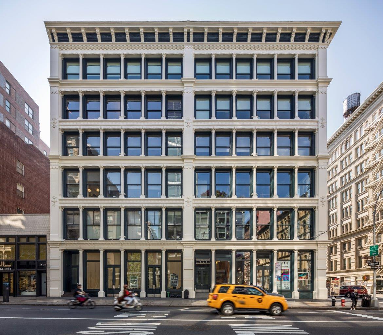 462 Broadway facade