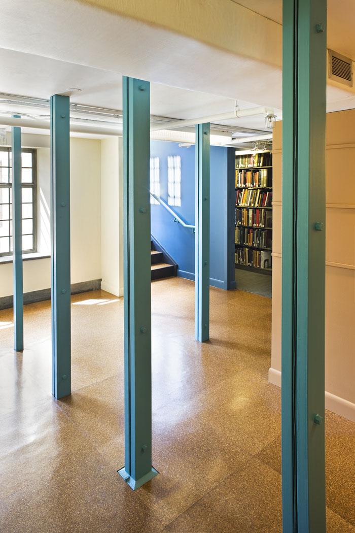 Vassar College Art Library_Photo_Columns.jpg