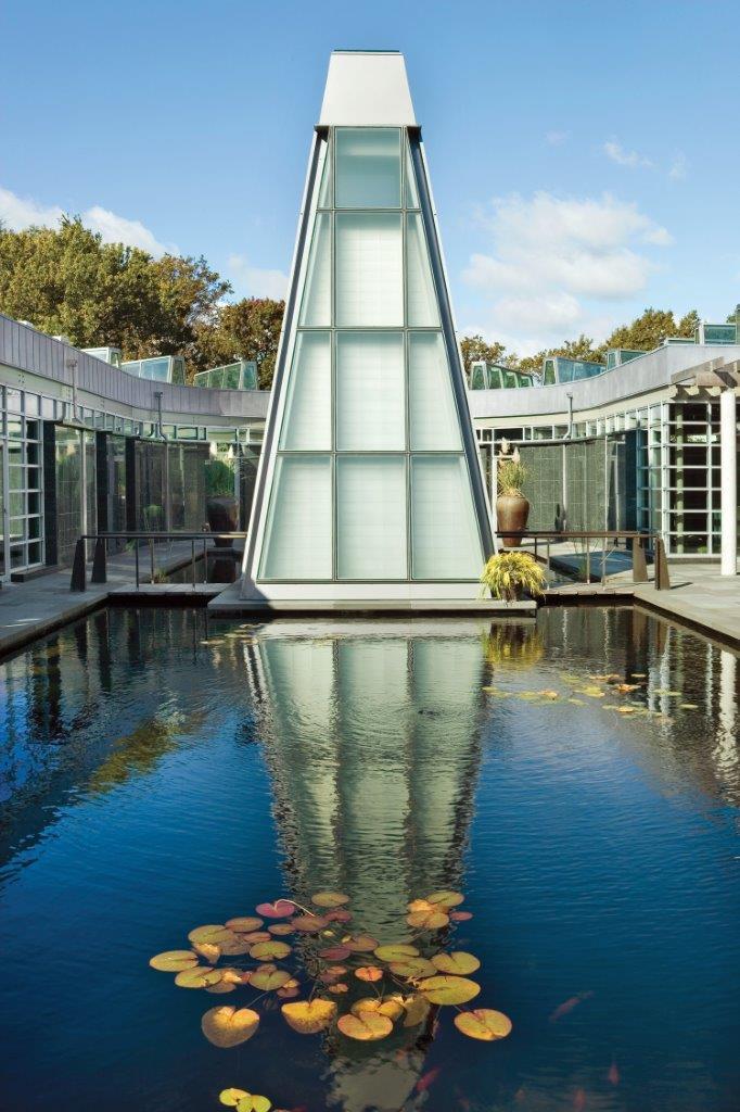 Green-Wood Tranquility Garden Columbarium