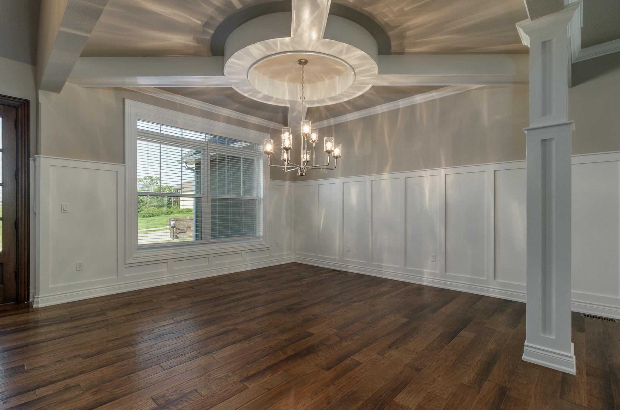 formal dining room 2.jpg