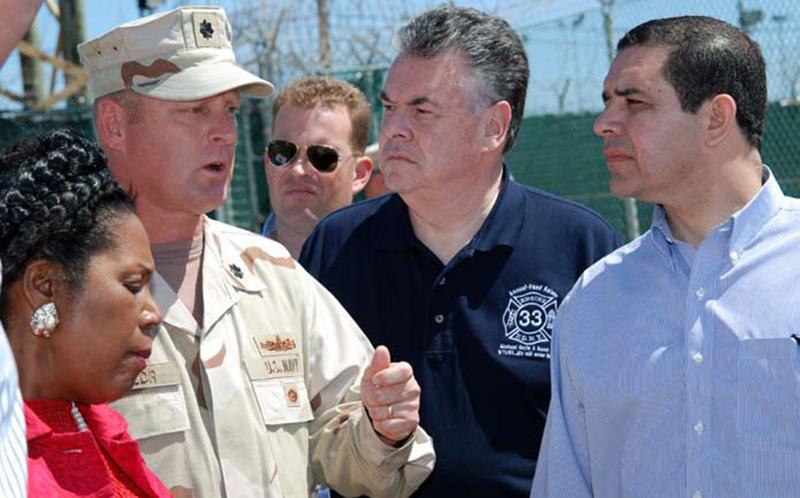 Texas Representative Henry Cuellar tours Guantanamo Bay Camp Delta in 2009. / U.S. Navy