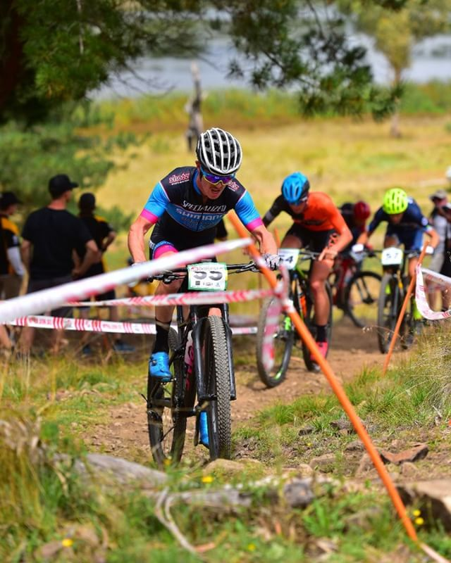 Some action from this year's Australian XCO Nationals in #Armidale #mtb #mtba #newenglandhighcountry #wembo2020 Photo: Peter Hosking
