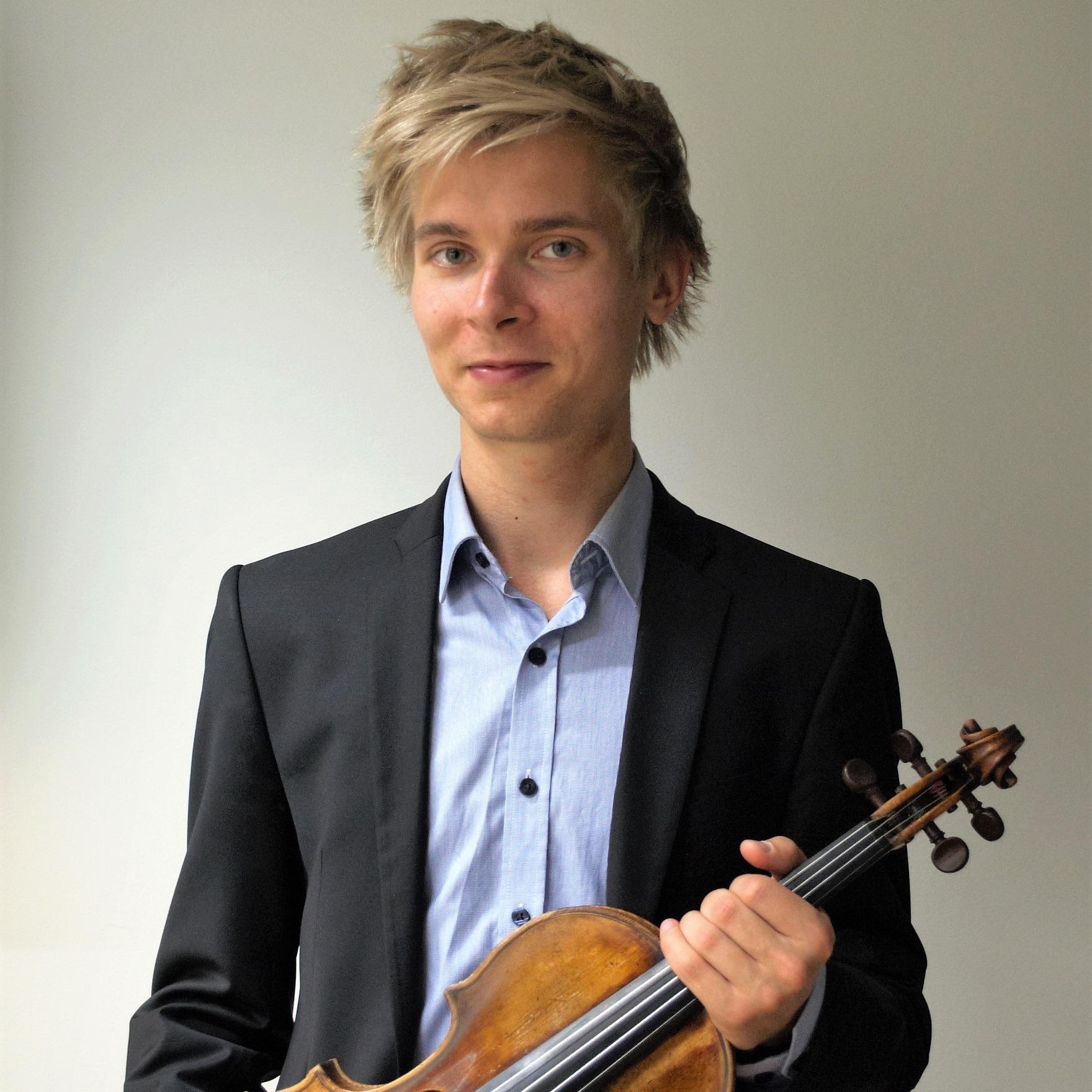 Johannes Hakulinen, violin *