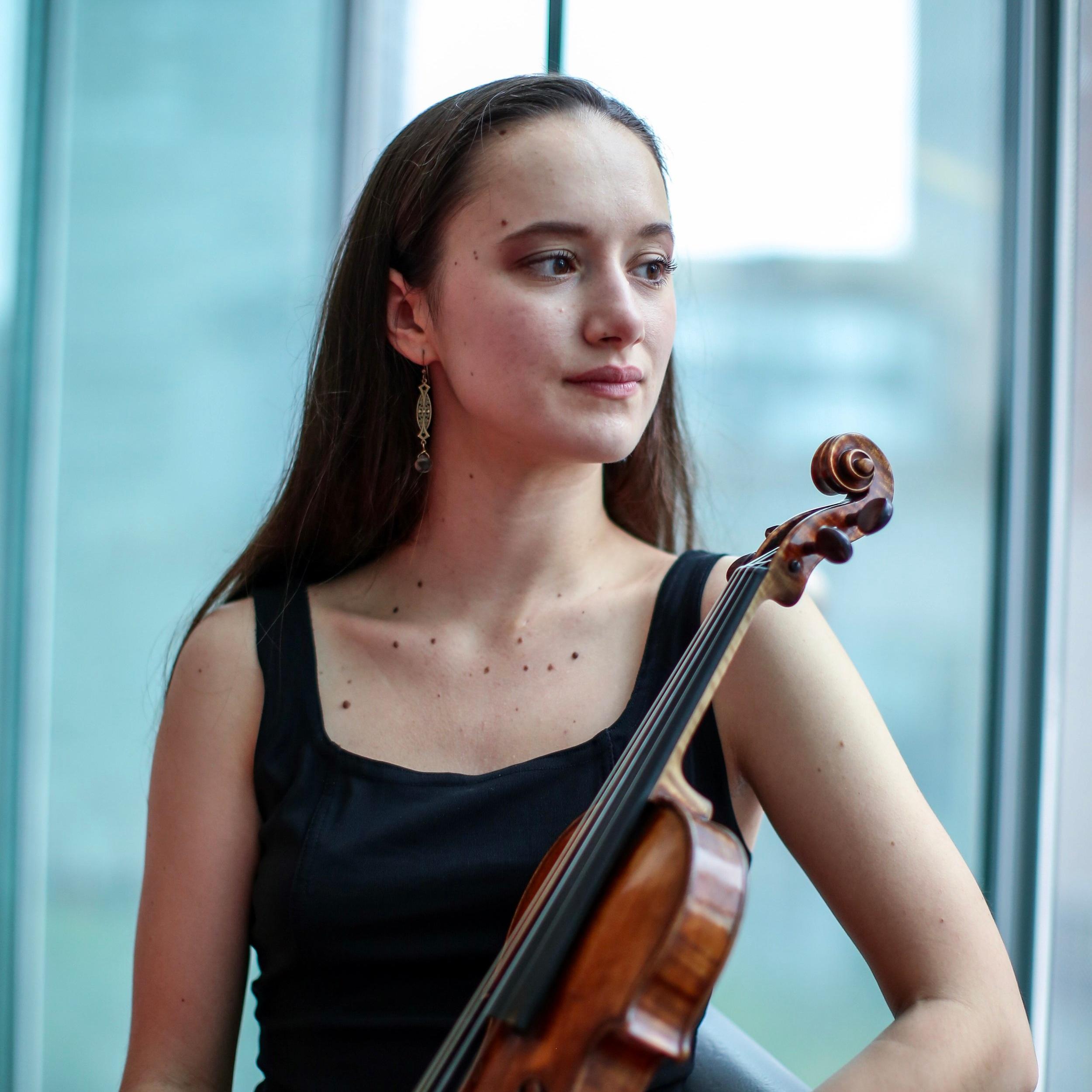 Sophia Stoyanovich, violin