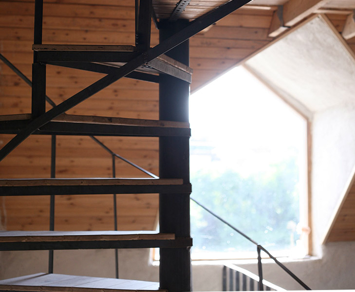 Spiral Staircase: Steel / Oak