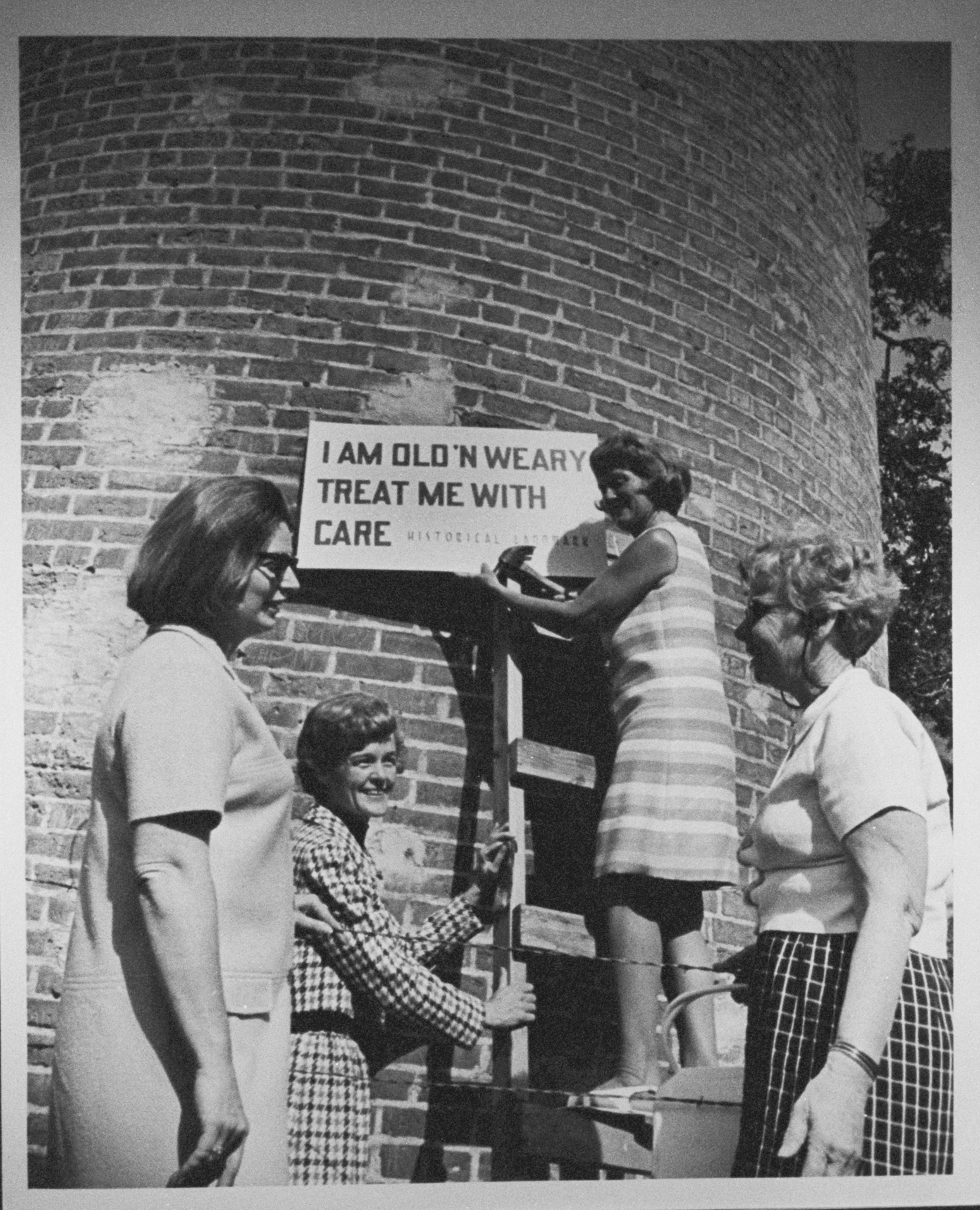 Frenchman's Tower with temporary sign, 1969