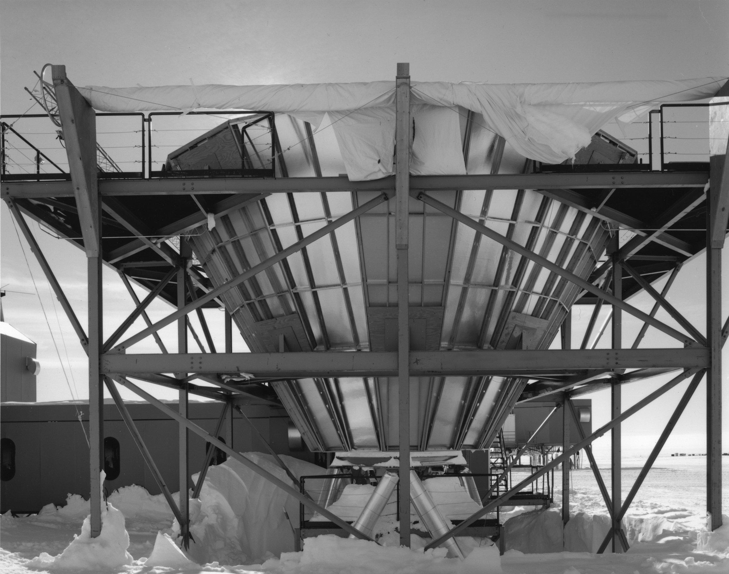 09 12 35 MAPO South Pole P.jpg