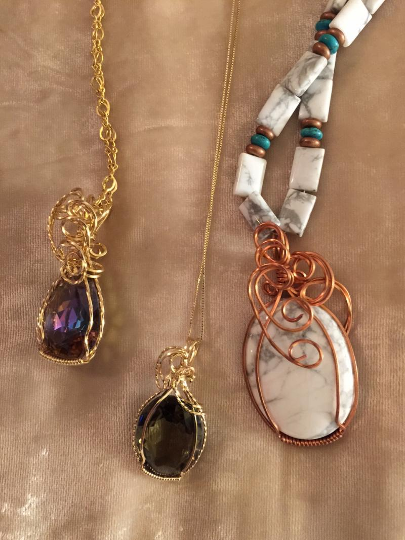 necklace13.jpg