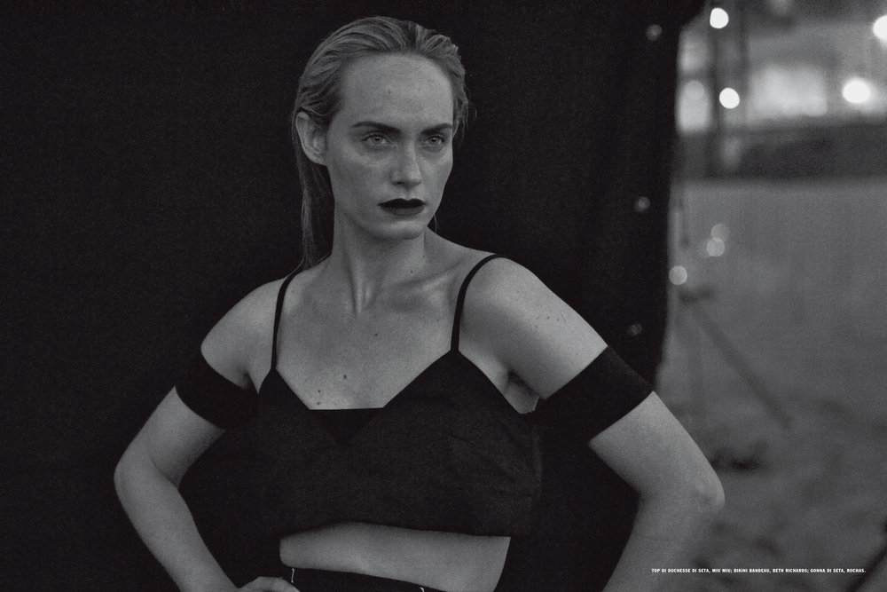 AmberValletta-VogueItalia-Feb13-PeterLindbergh_14.jpg