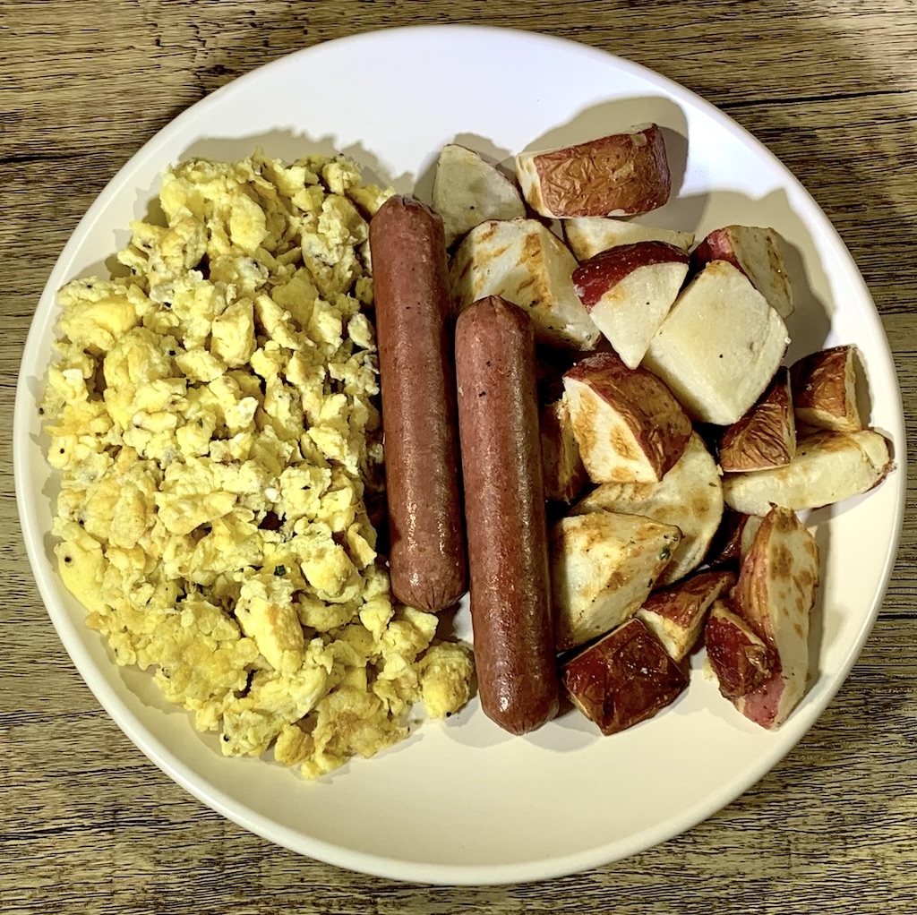 Breakfast Scramble - Calories: 419Carbs: 27 gramsFat: 23 gramsProtein: 26 gramsContains: eggs