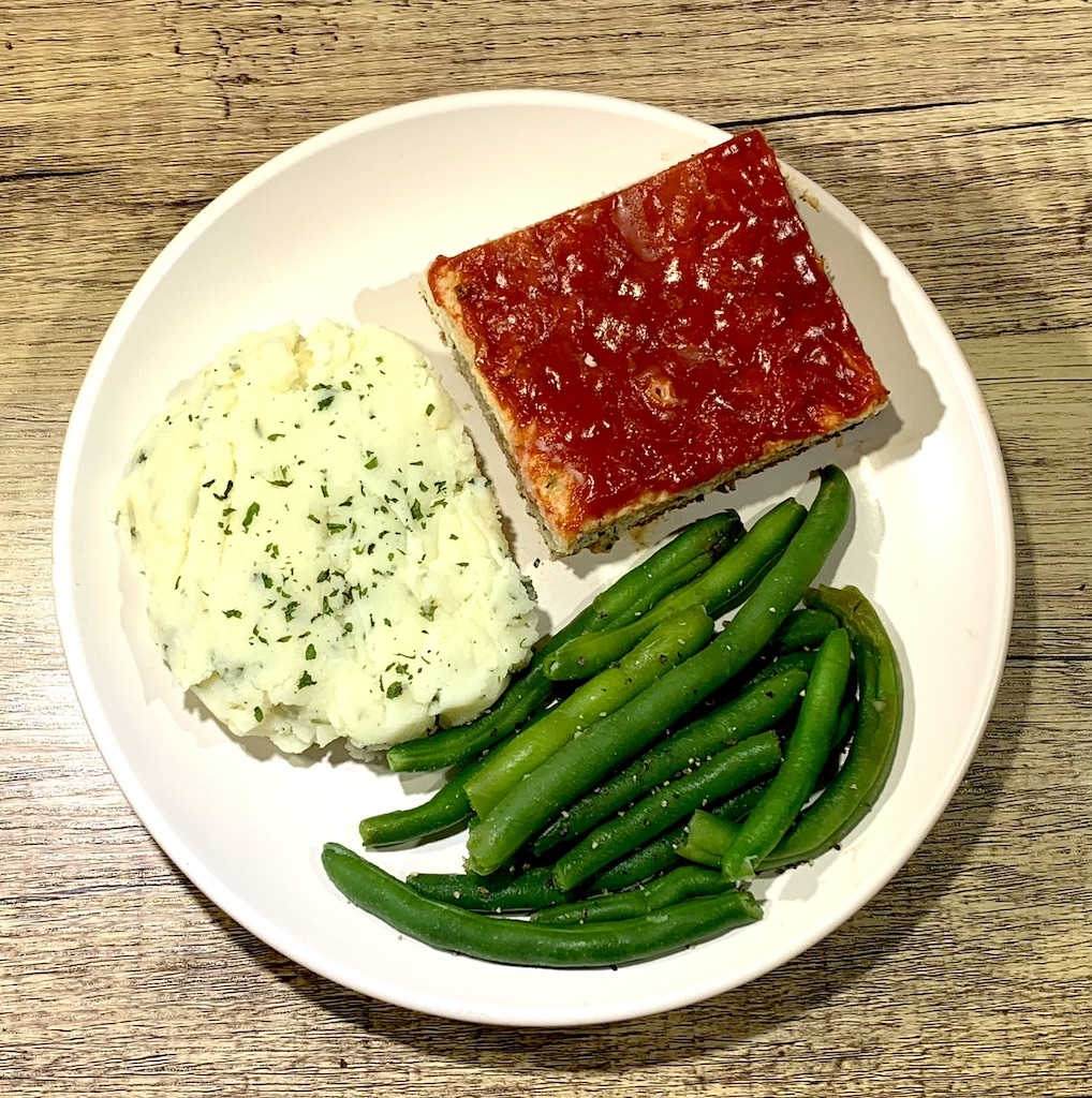 Low-Fat Chicken Meatloaf - Calories: 315Fat: 12 gramsCarbs: 25 gramsProtein: 28 gramsContains: eggs, wheat