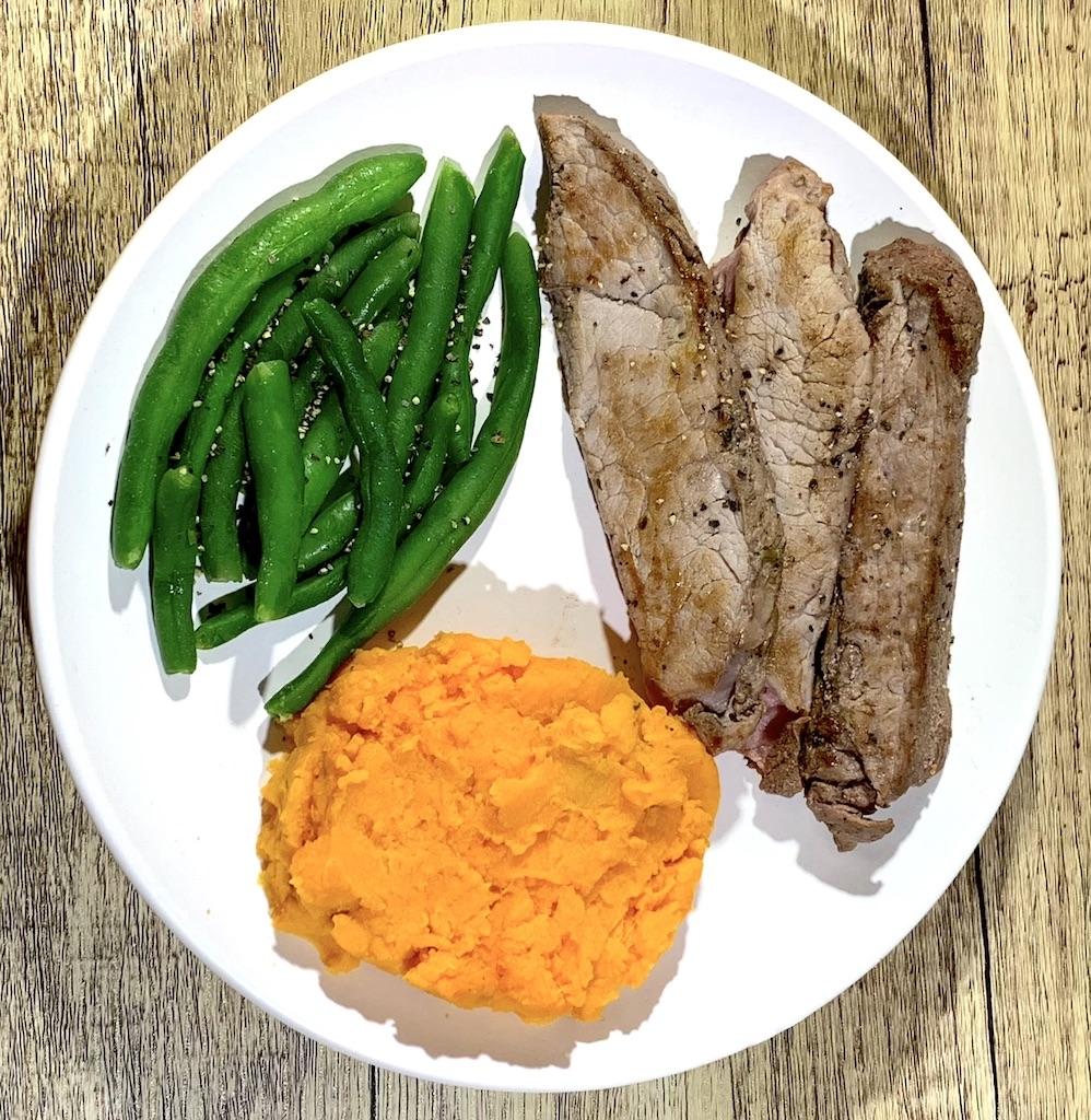 Sirloin Steak Meal - Calories: 330Fat: 10 gramsCarbs: 25 gramsProtein: 35 grams