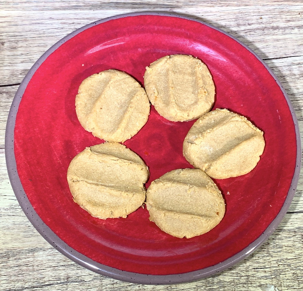Peanut Butter Keto Cookies - Calories: 135 (entire container)Fat: 2 gramsCarbs: 1 grams Protein: 1 gramsContains: eggs, peanut butter