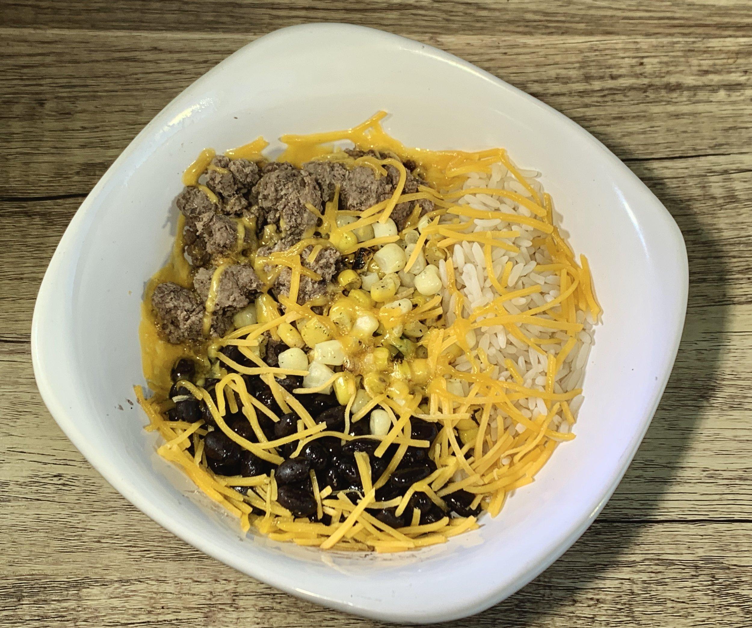 TexMex Taco Bowl - Calories: 390Carbs: 42 gramsFat: 10 gramsProtein: 33 gramsContains: dairy