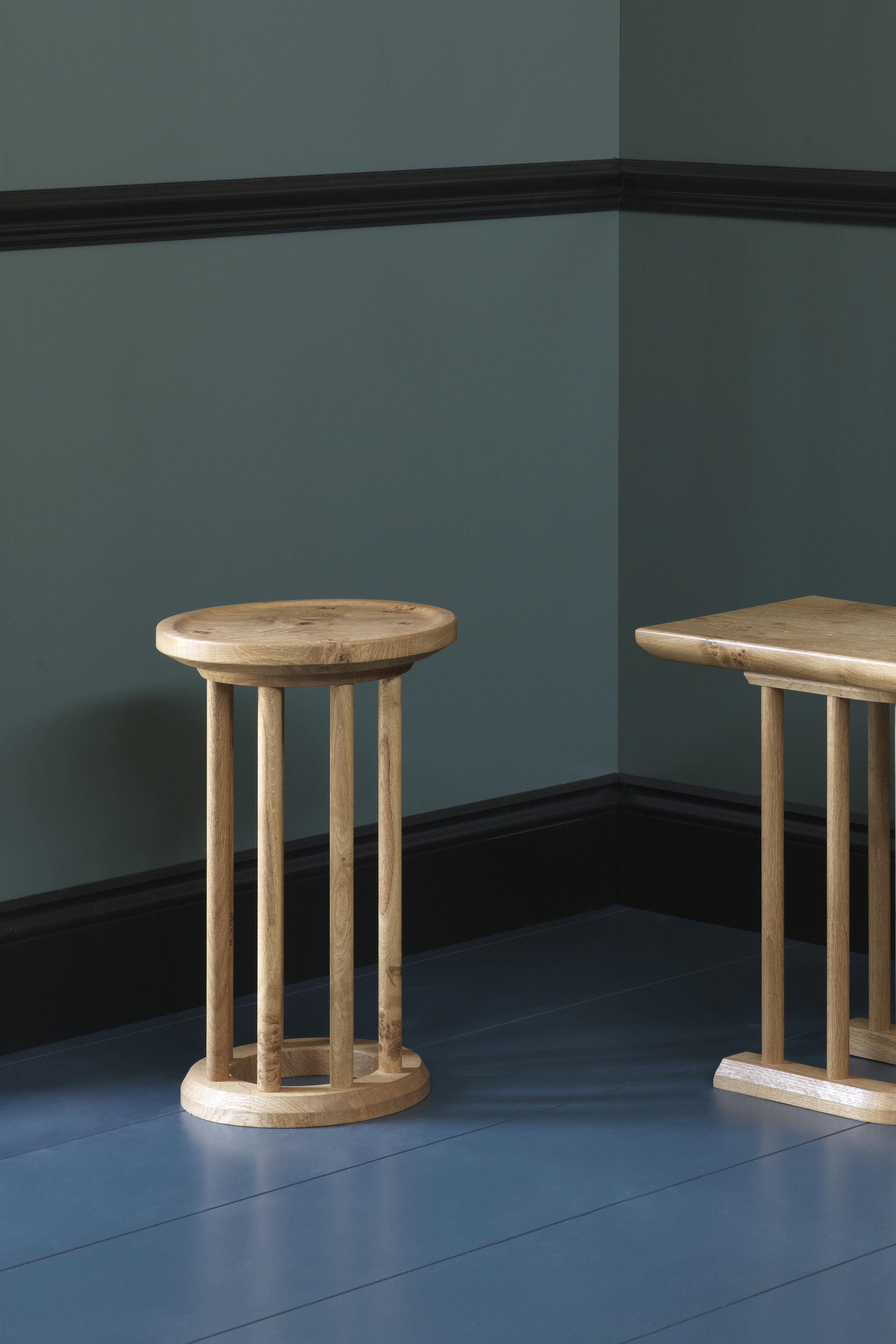 Spindle Stool -
