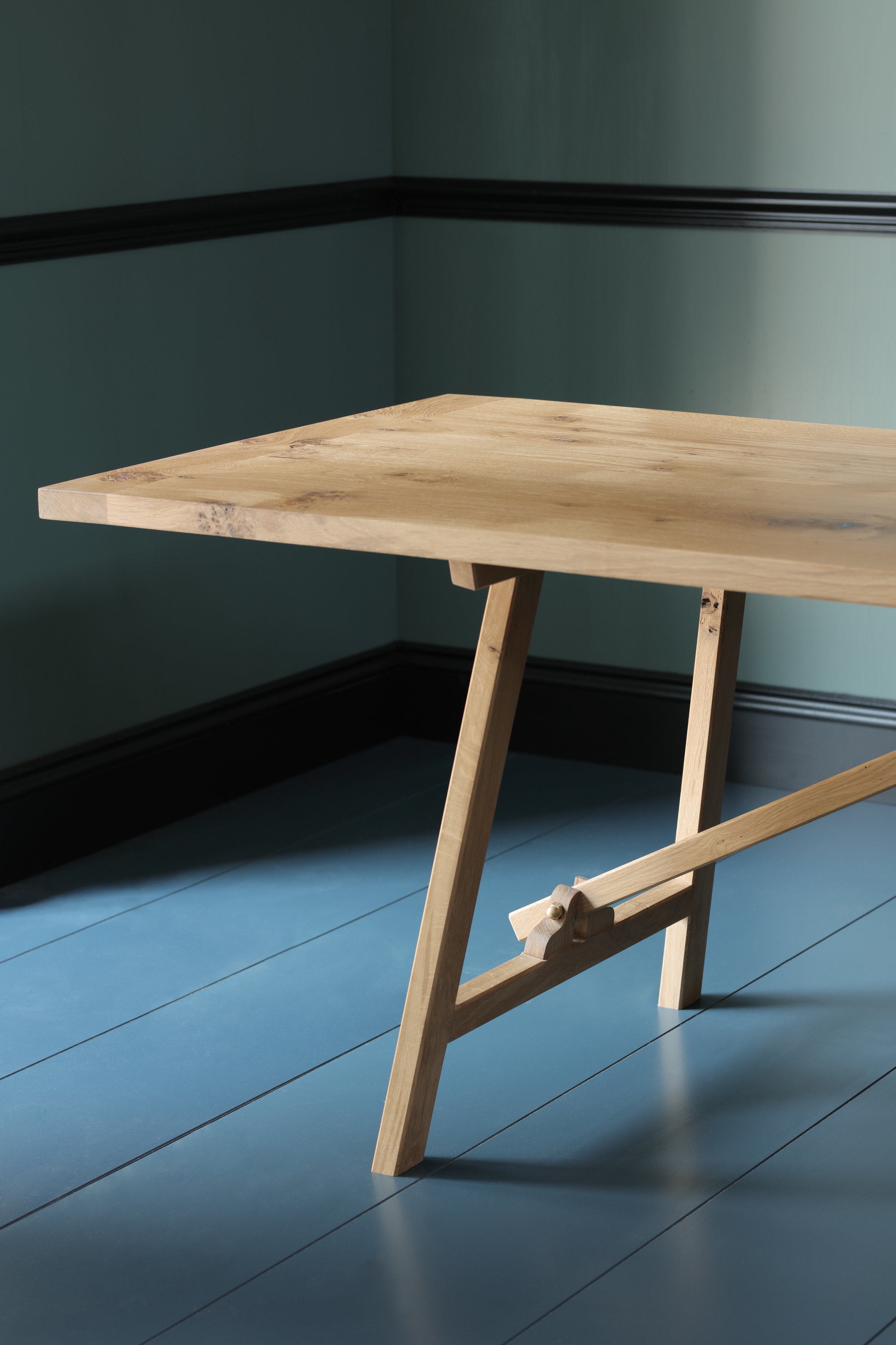 'On The Move' Trestle Table -