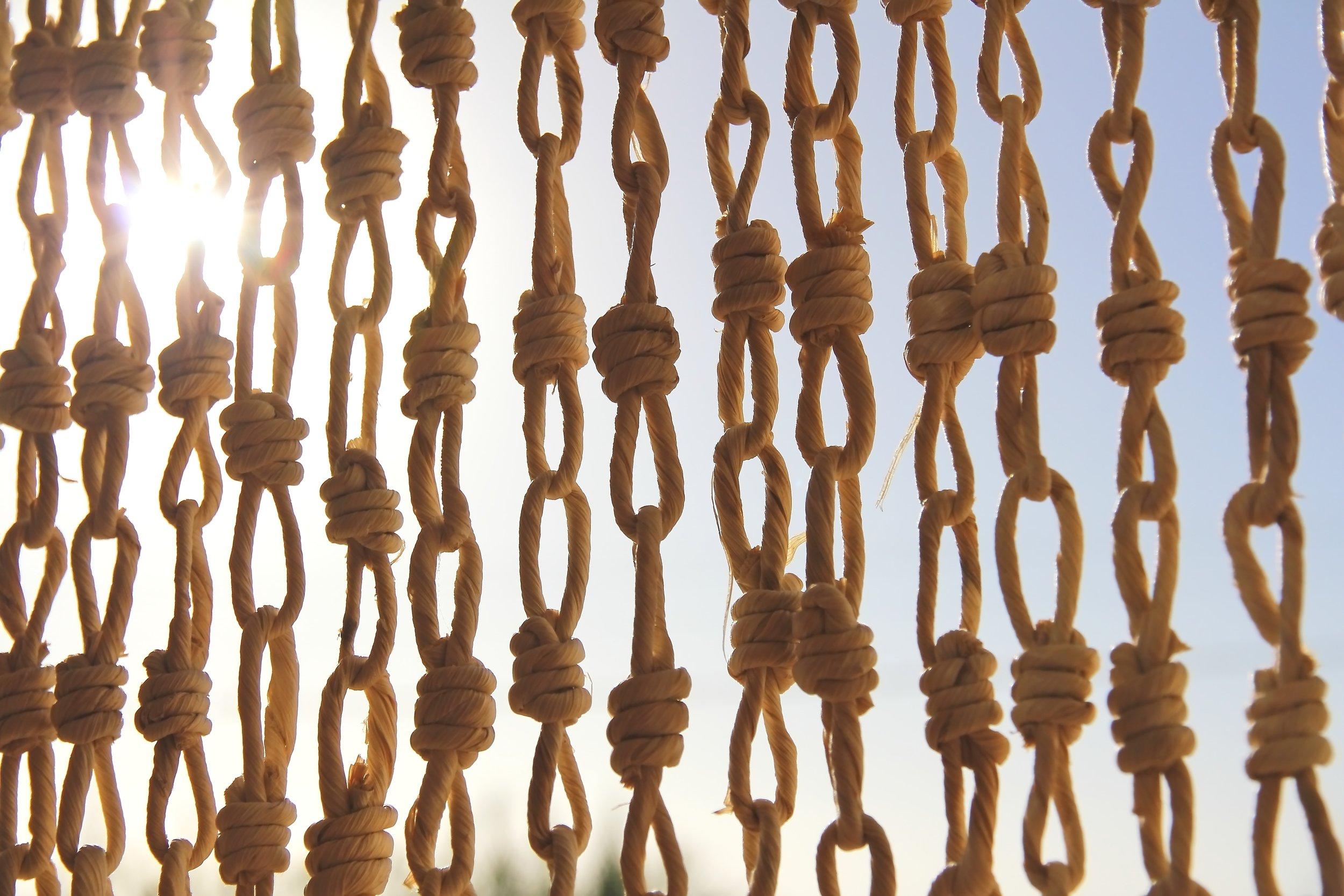 knots-ropes-sky-96081.jpg