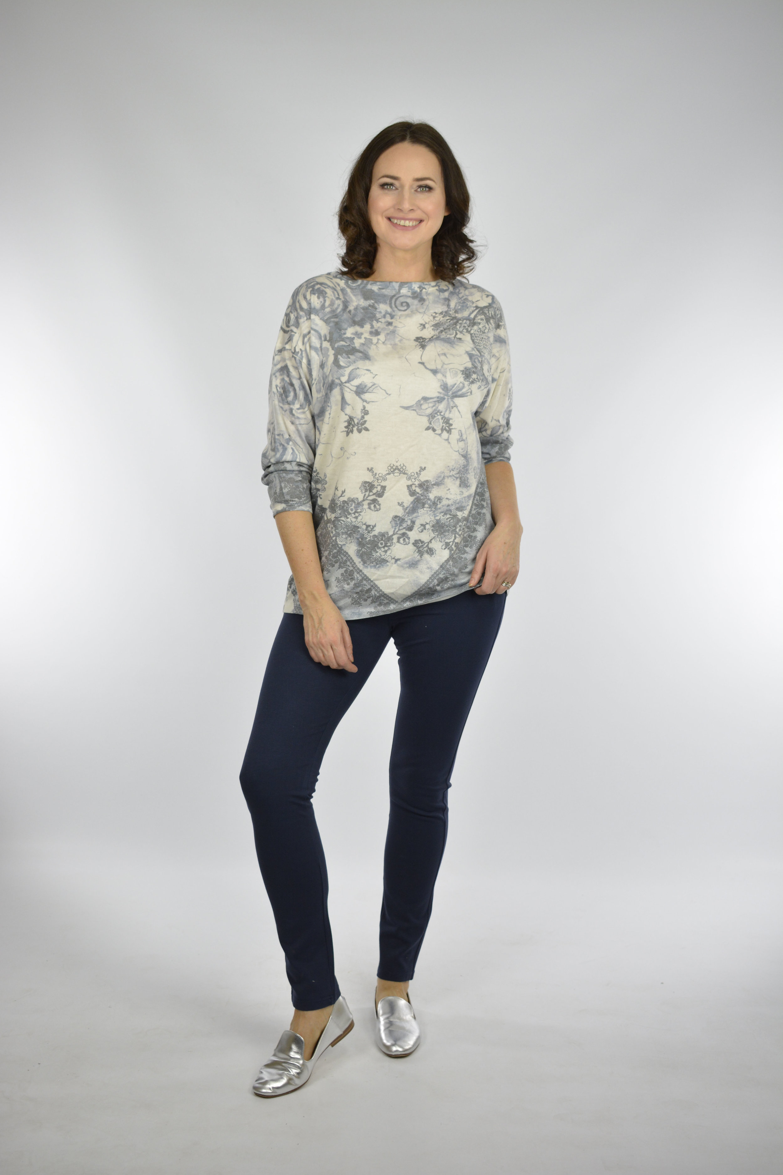 Lily print top €45 Stretch waist jeggings €42 Golden Spiderweb www.goldenspiderweb.ie and 7 stores nationwide.jpg