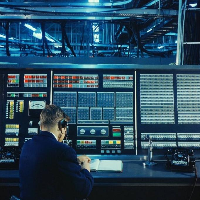 Cold War Cybernetics