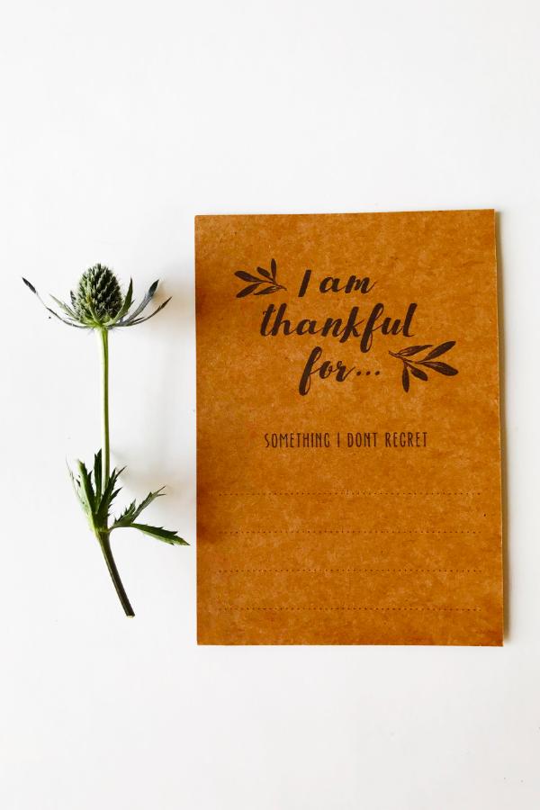 05_thankful_tabletop_card.jpg