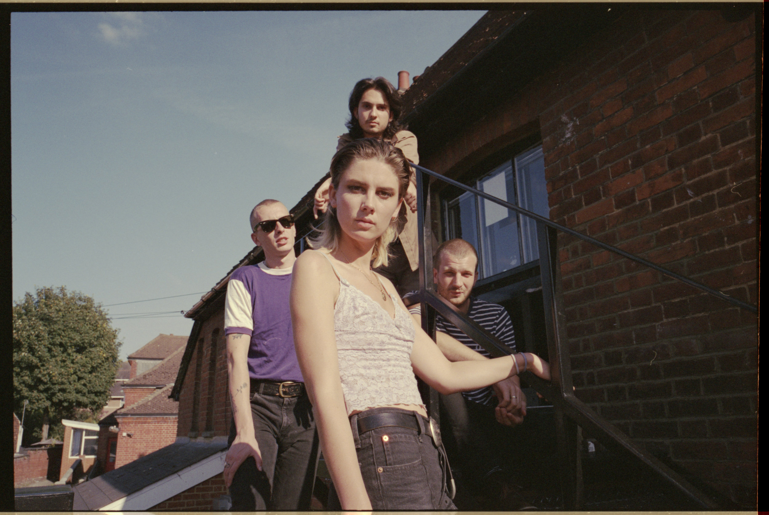 Wolf Alice UK 2018 01 - please credit Jono White.jpg