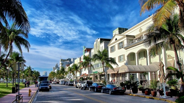 Ocean Drive - Ocean Drive is a major throughfare in the South Beach neighborhood of Miami Beach. Ocean Drive is mostly known for its Art Deco hotels and restaurants/bars, many of which have been prominently featured in countless movies and media