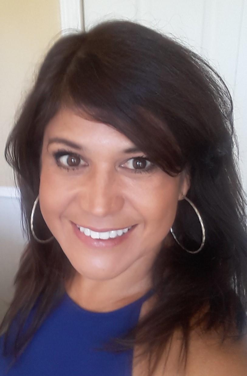 Claudia E. Villalba