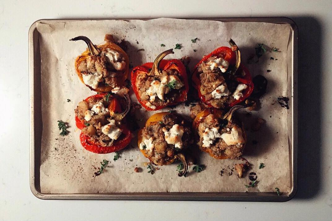 plant-based stuffed bell peppers, vegan stuffed bell peppers,