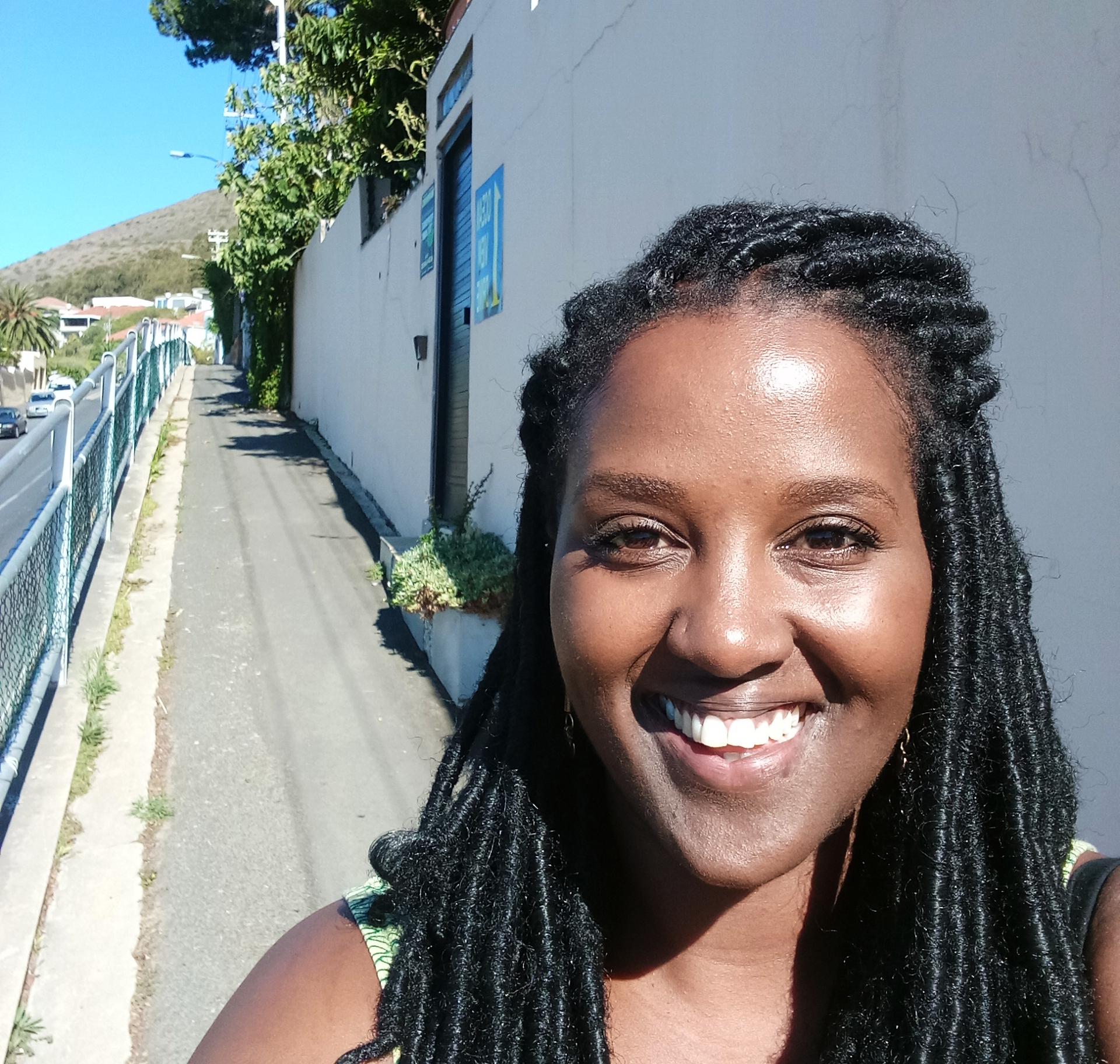 Nzilani Simu.jpg