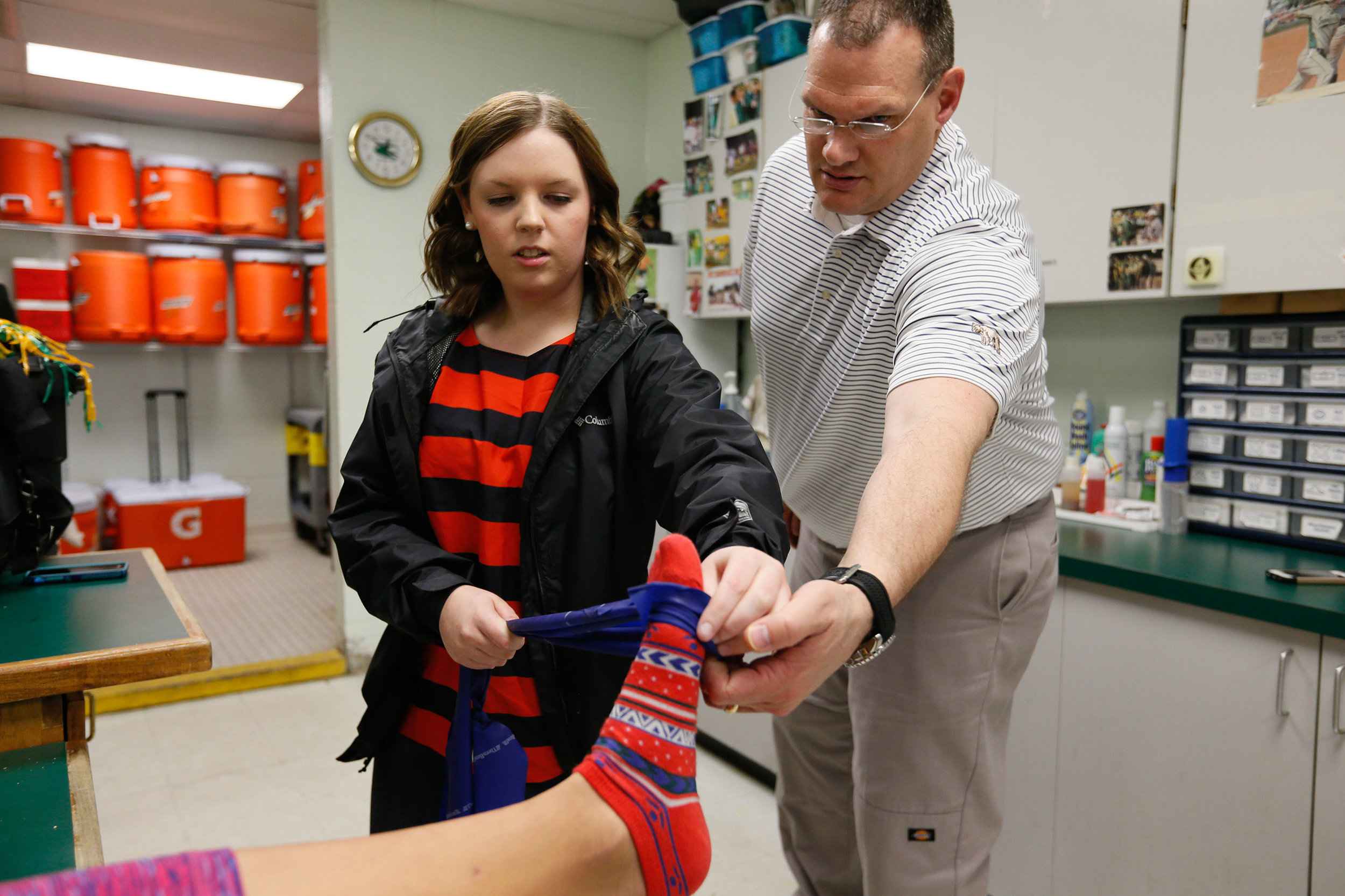 Students learn to tape an ankle