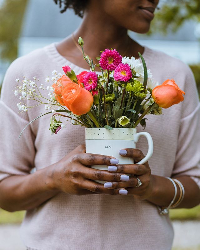 Tell us, how are you planning to take care of yourself this weekend? . Jess: I'm planning on heading to the farmer's market to pick up some fresh produce, and of course, some gorgeous flowers to brighten up the house this week! I'm also going to take some time to just do NOTHING - whatever that looks like for me in the moment. . . . . . . #selfcareaccount #selfcareissacred #selfcareisntselfish #selfcareroutine #healthyboundaries #setboundaries #selflovery #podcastlove #podcasthost #podcastjunkie #selfcaretips #mefirst