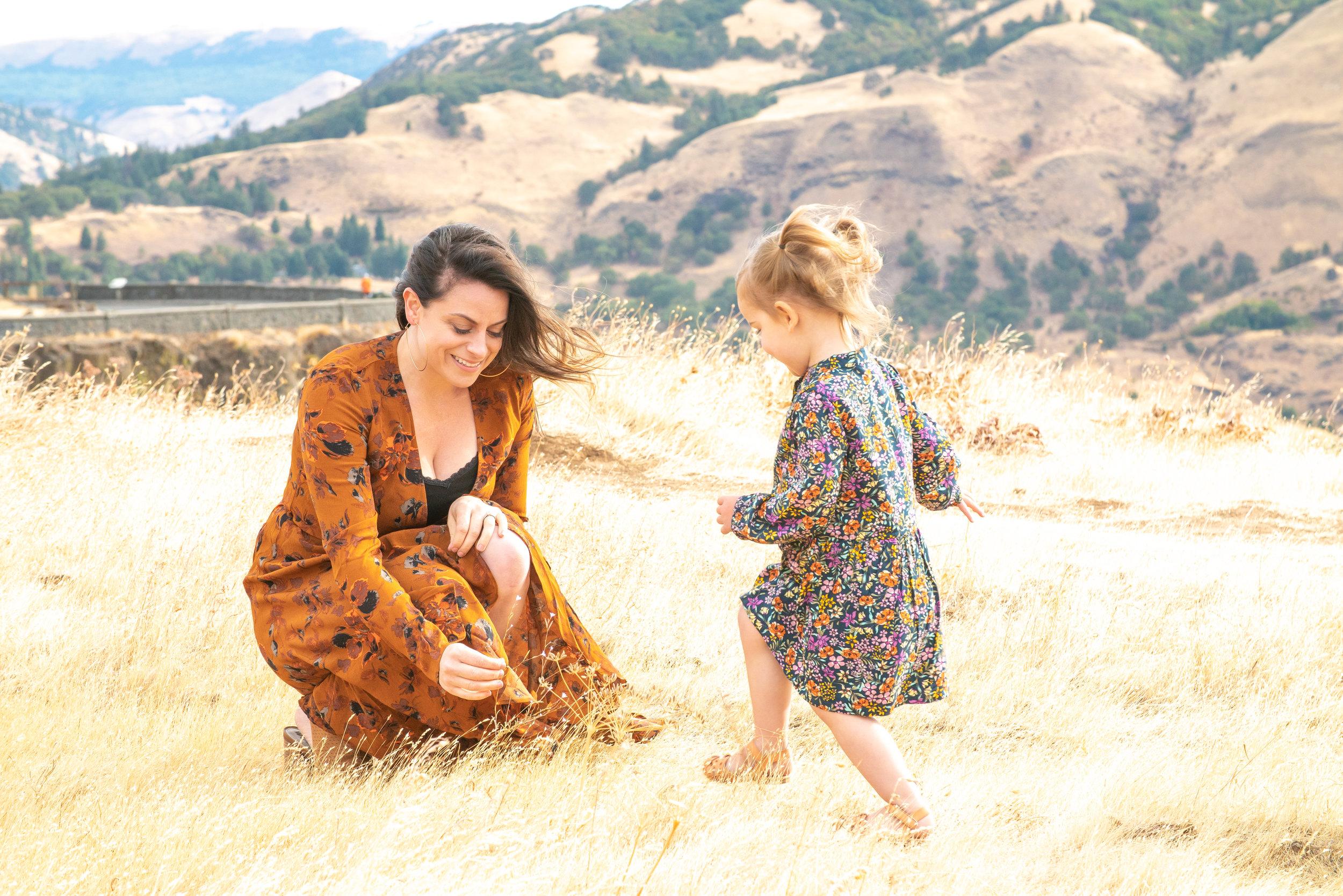 Dreamy Fall Family Photoshoot 2.jpg