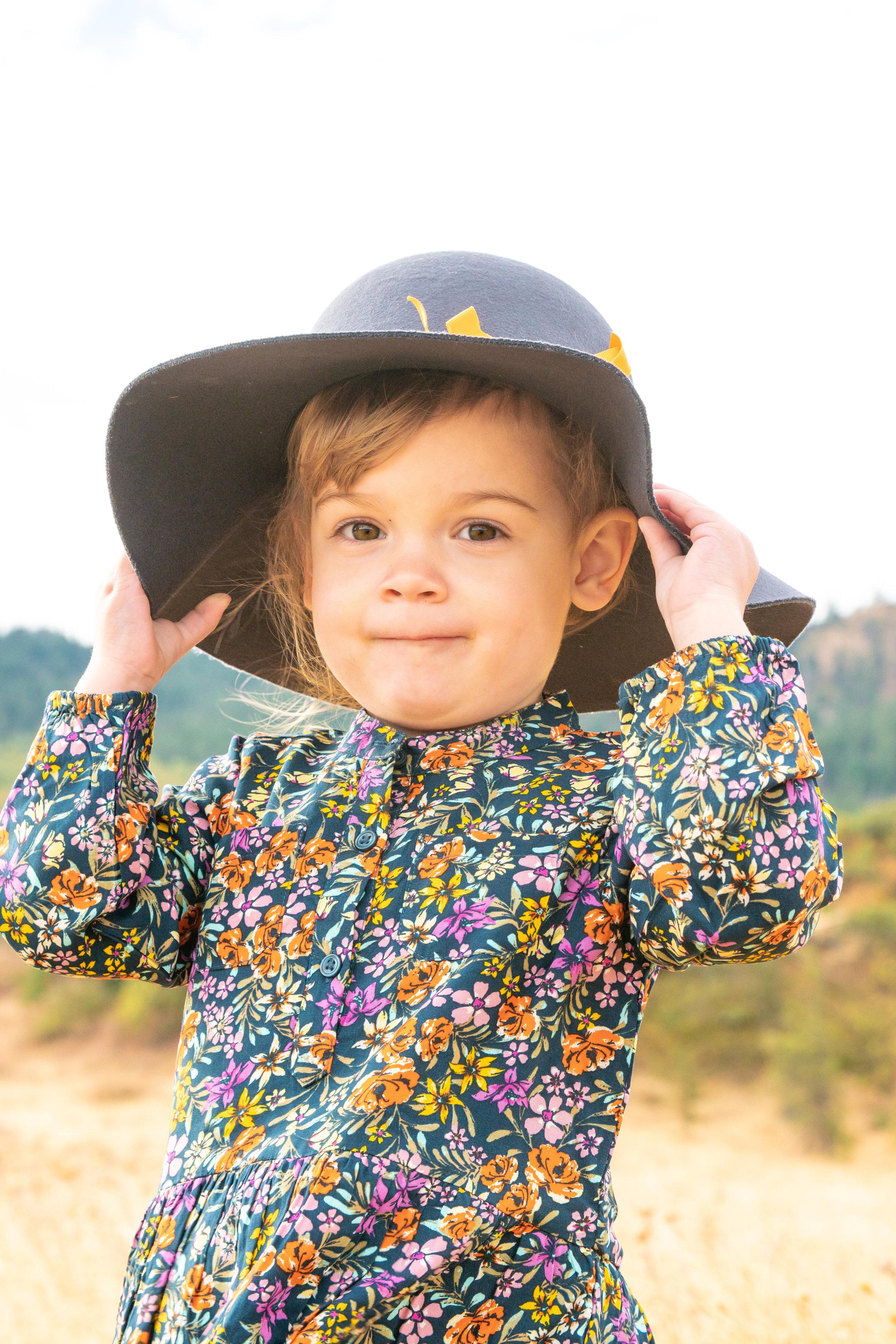 Dreamy Fall Family Photoshoot 10.jpg
