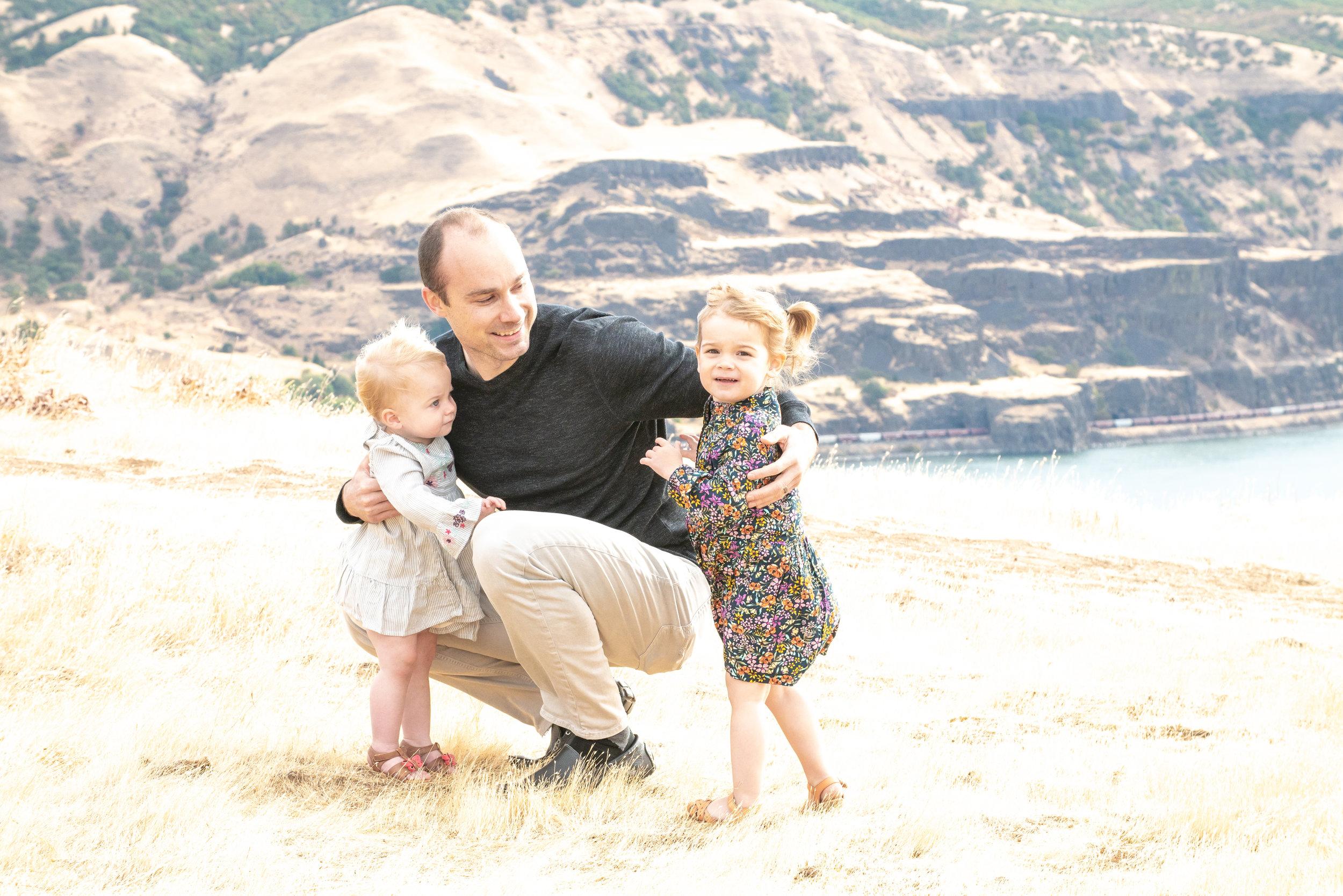 Dreamy Fall Family Photoshoot 11.jpg