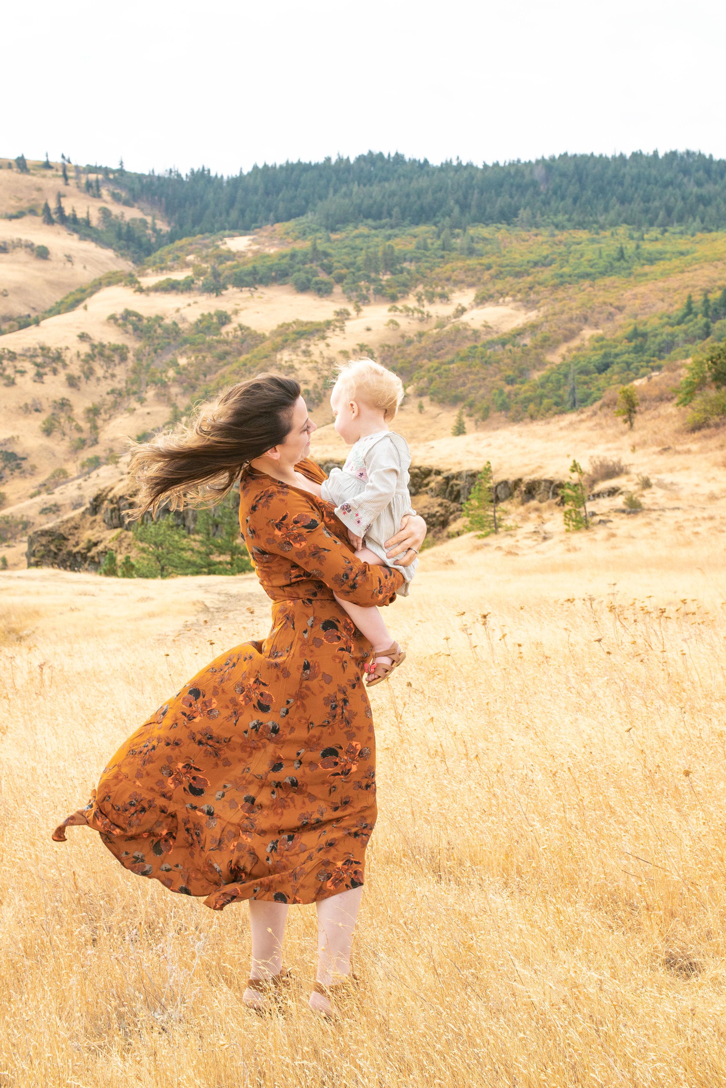 Dreamy Fall Family Photoshoot 14.jpg