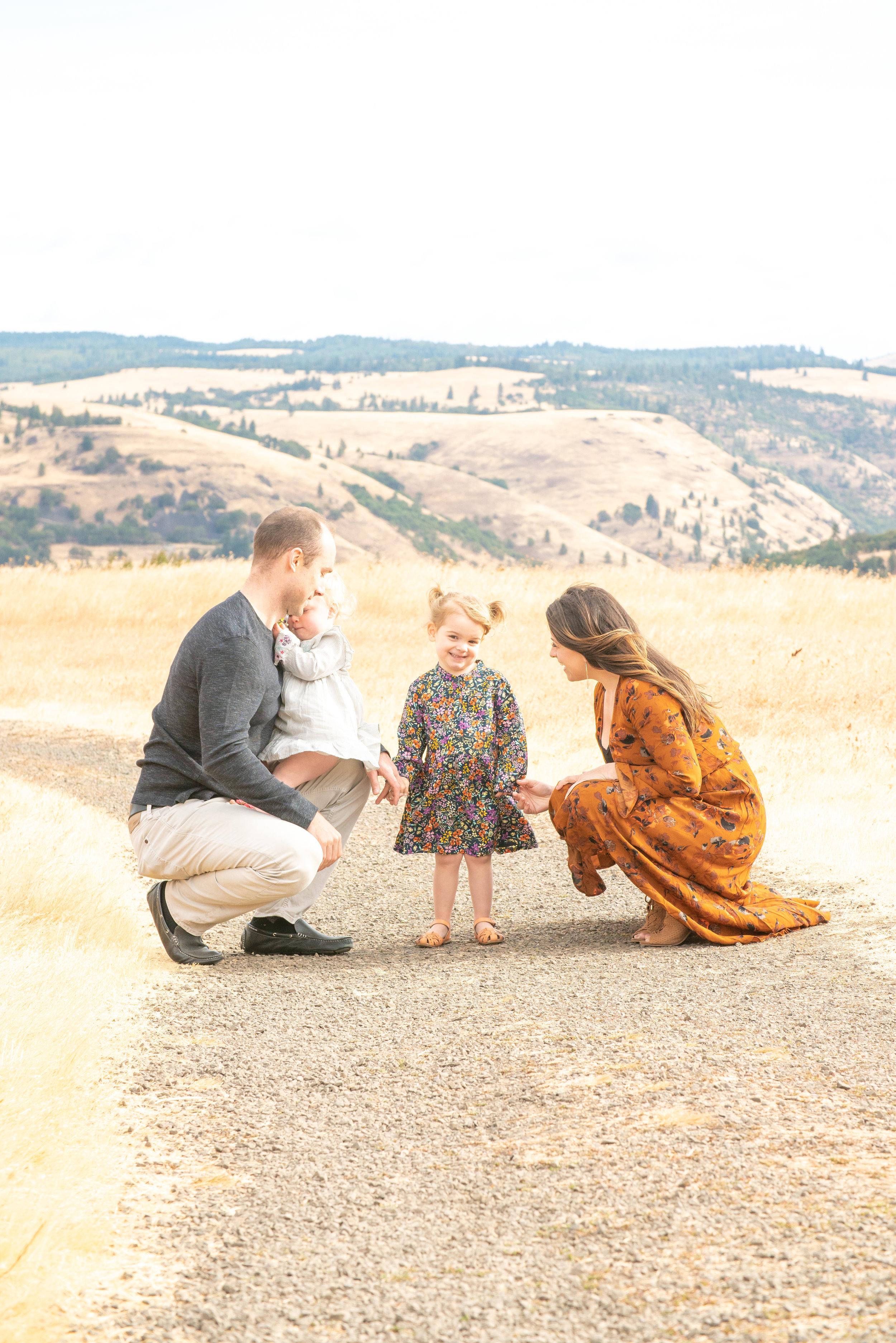 Dreamy Fall Family Photoshoot 16.jpg