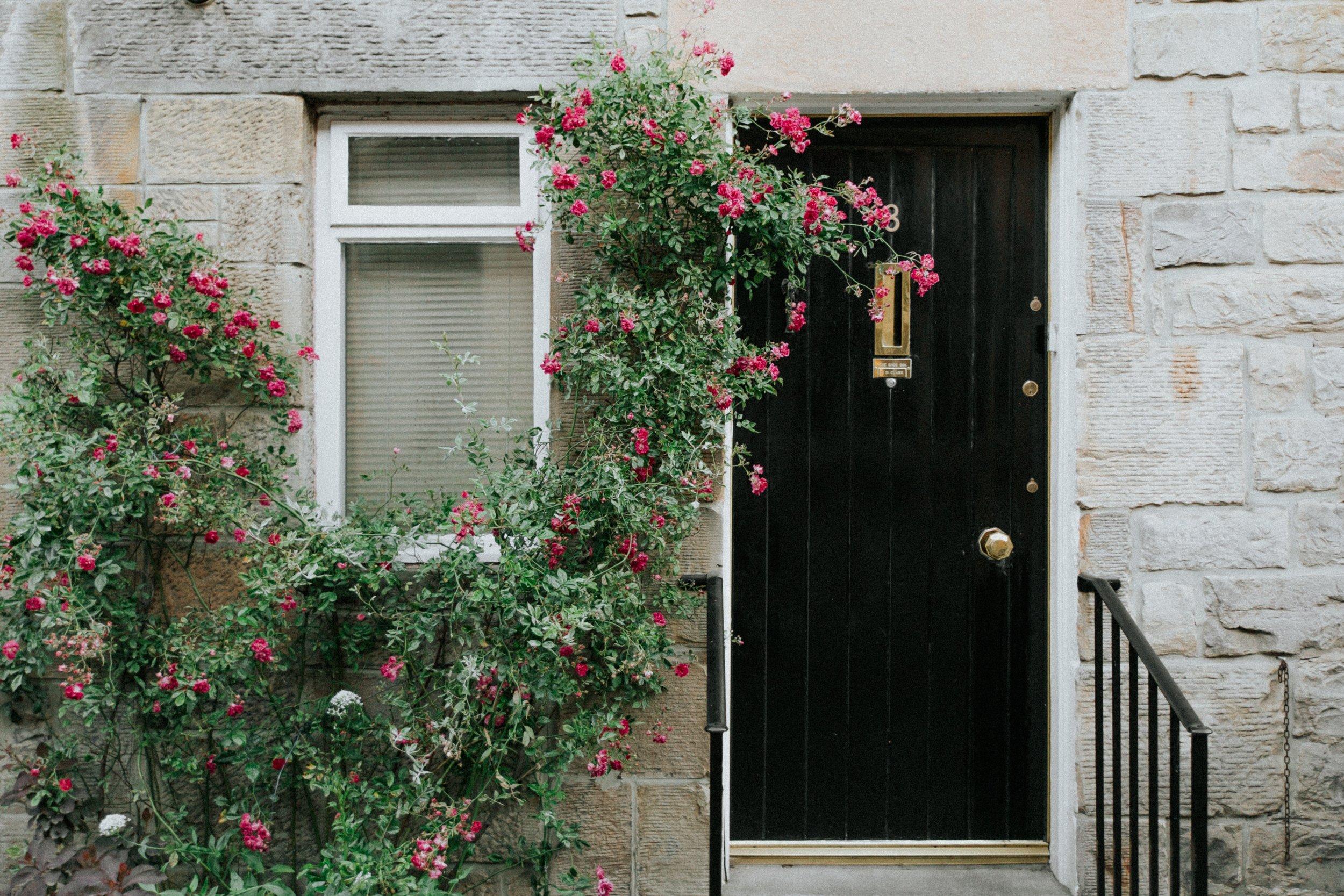 Contrapreneur: Door-to-Door Sales