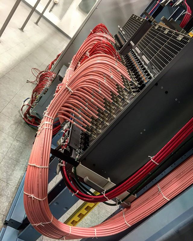 Casa system 40 service groups #cableporn #datacenter #downstream#upstream#cable #wiring#network#fibers#nodes#return#forward