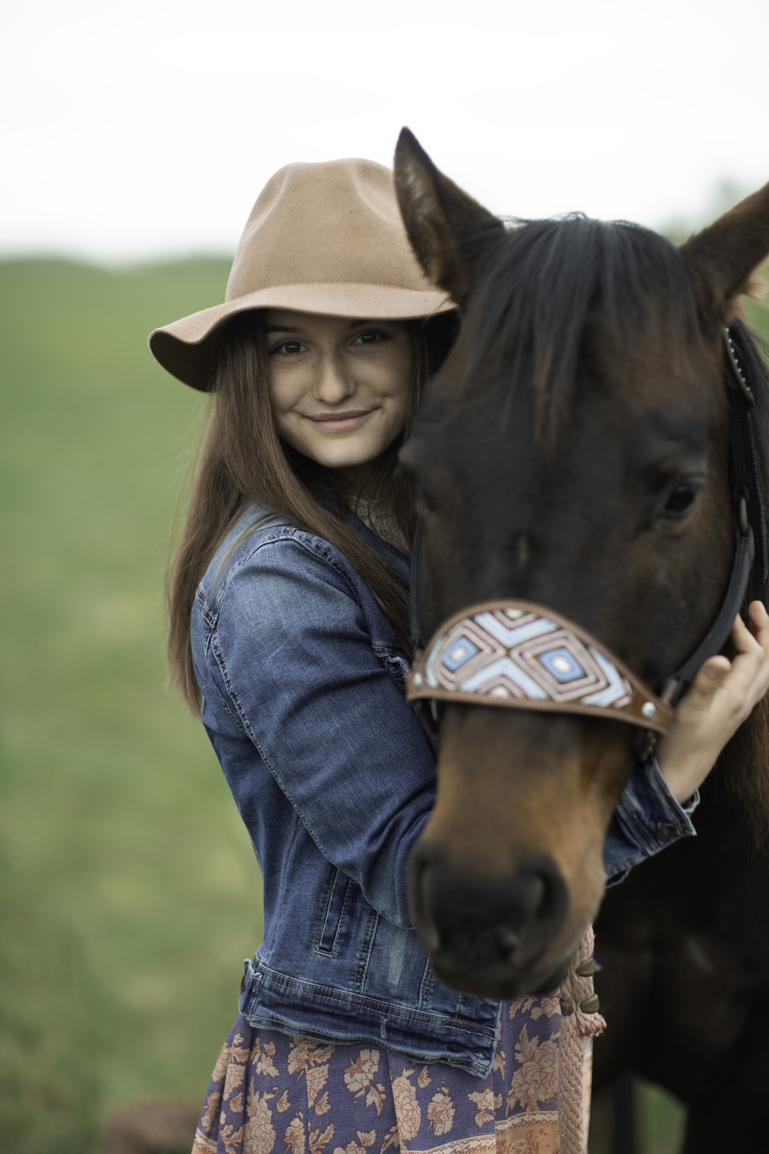 Minnesota senior portrait horse ranch
