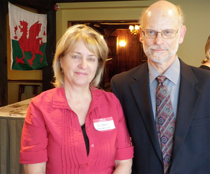Pres. Sue Sit and Prof. Craig Davis