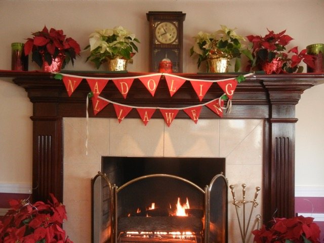Nadolig Llawen bunting at the fireplace