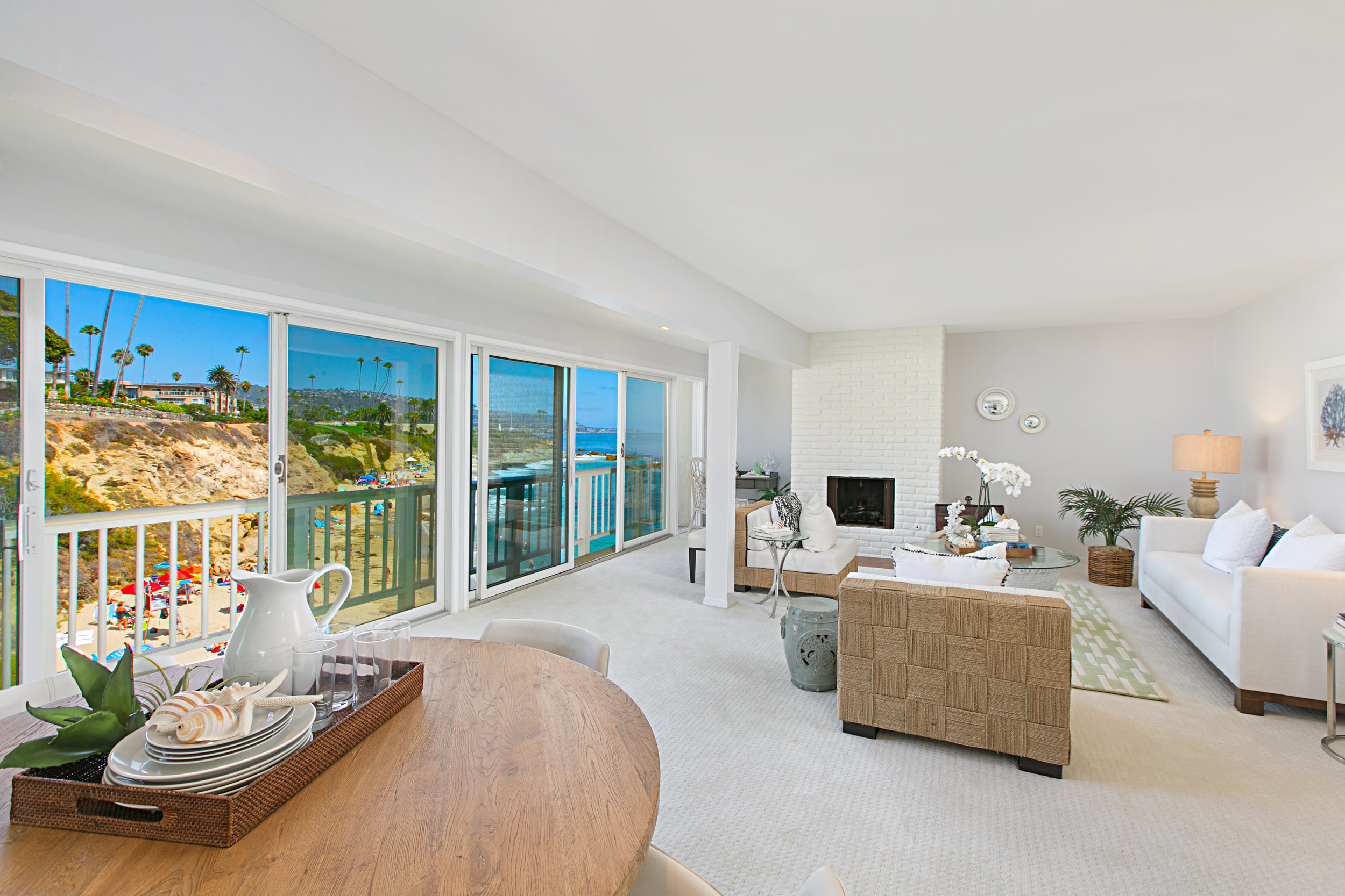 THE LAGUNA BEACH DREAM - ...is the way of life.949.922.8490